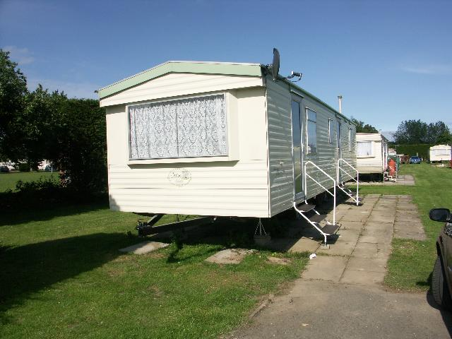 Beautiful Bed Caravan For Hire In Skegness